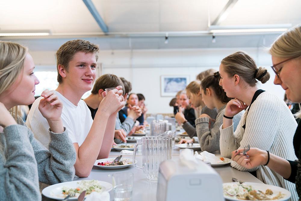 Kost og politik på Skals Efterskole
